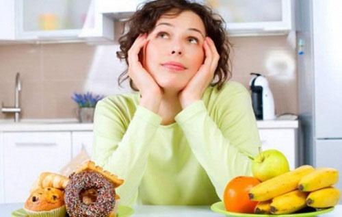 Người bị bệnh trĩ nội kiêng ăn gì mới tốt