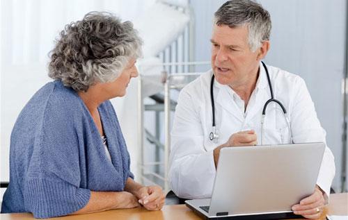 Thăm khám và chữa trị ngay khi nhận thấy các dấu hiệu của bệnh trĩ nội