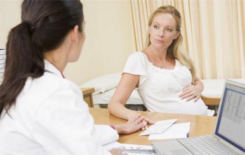 Bệnh lậu ở phụ nữ mang thai có biểu hiện như thế nào?