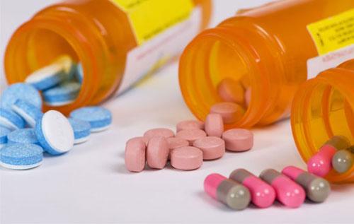 Điều trị mụn rộp sinh dục hiệu quả bằng thuốc kháng sinh