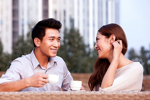 Hẹn hò trên mạng là xu hướng của giới trẻ hiện nay