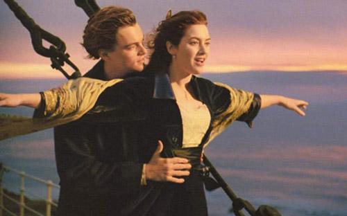Titanic được xem là phim tình yêu đích thực bất hủ mà ai cũng từng xem qua một lần.